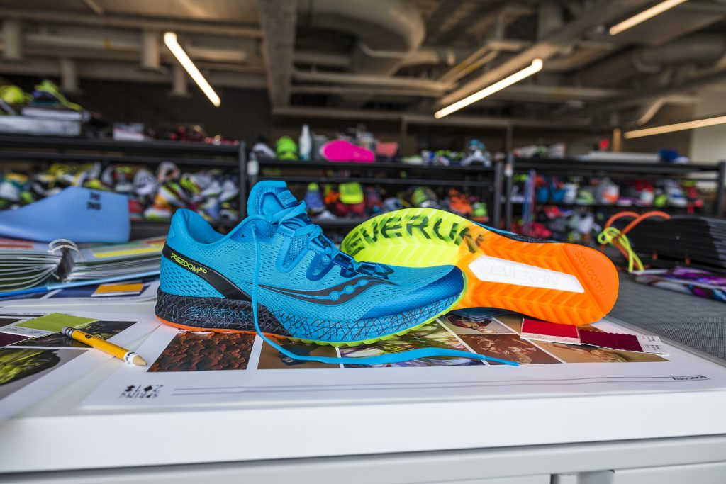 saucony_mens_freedom_office