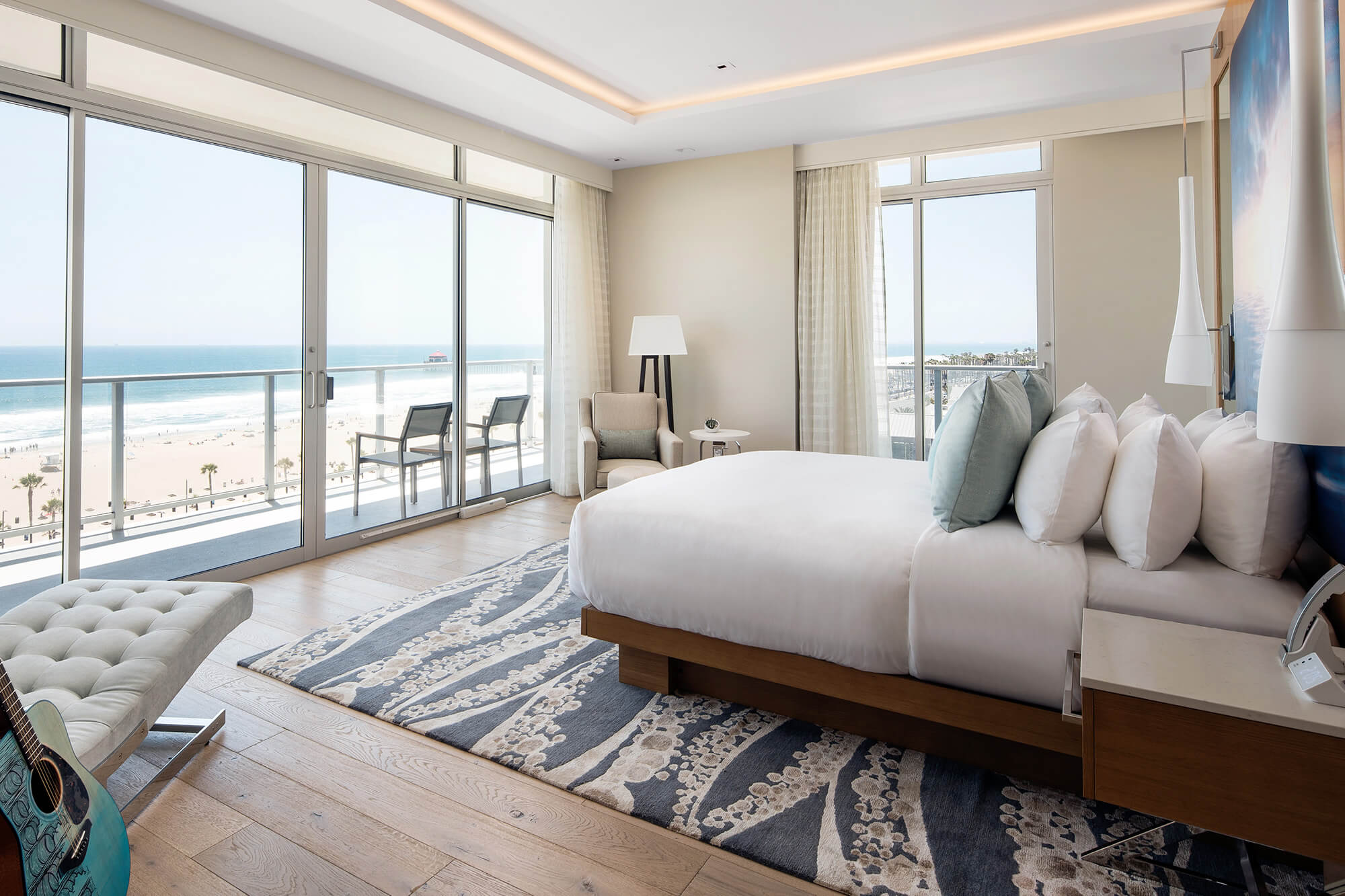 Gallery-Pasea-Guestrooms_7-Presidential_Suite_Bedroom